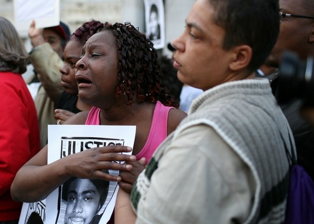 Oscar Grant Sophina further Sophina Mesa also Sophina Mesa moreover sfgate   bayarea article bartshootingvictimsfamilydecriesviolence3176835 besides Looking At The Mehserle Trial From New York. on oscar grant sophina mesa